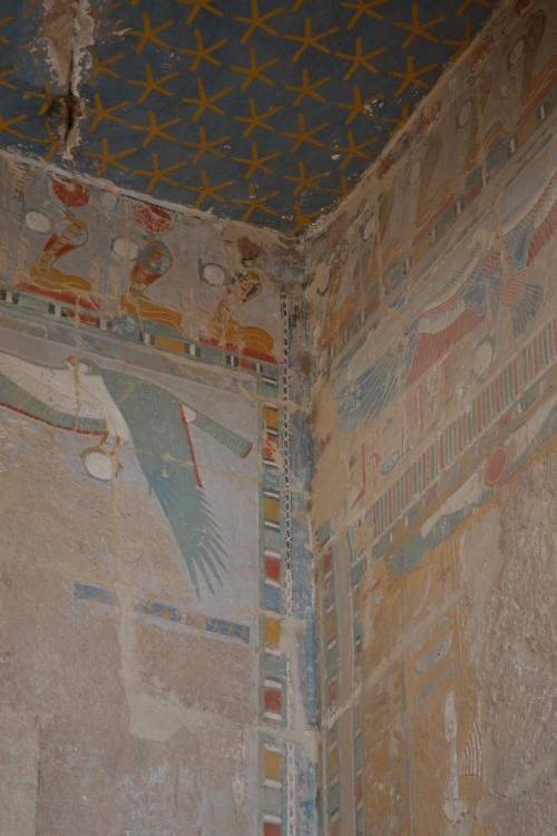 Cores em paredes de 2.500 anos