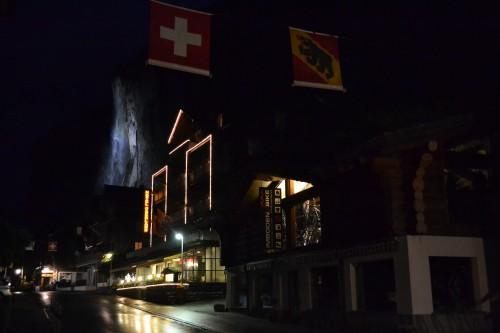 Lauterbrunnen à noite