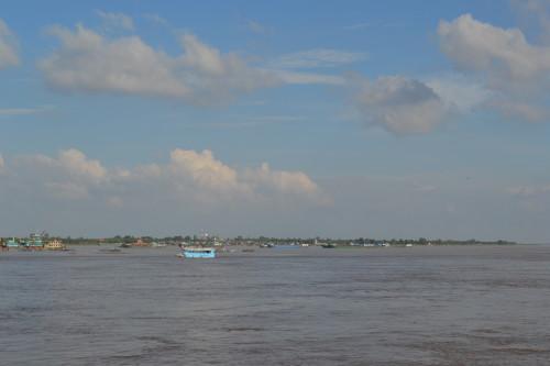 Na beiradinha do famoso rio Mekong