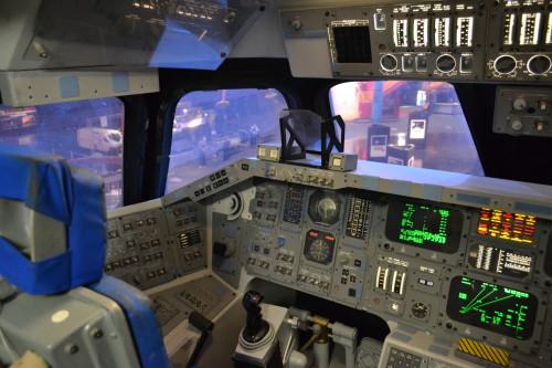 Cabine de um ônibus espacial